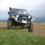 31338070018_large_jeep_trip